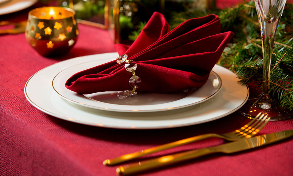 christmas tablecloths Items You Need on Your Table This Christmas blog image